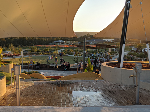 Linear Park Mulgioa Rise, new playground for kids in Western Sydney, water play, splash park