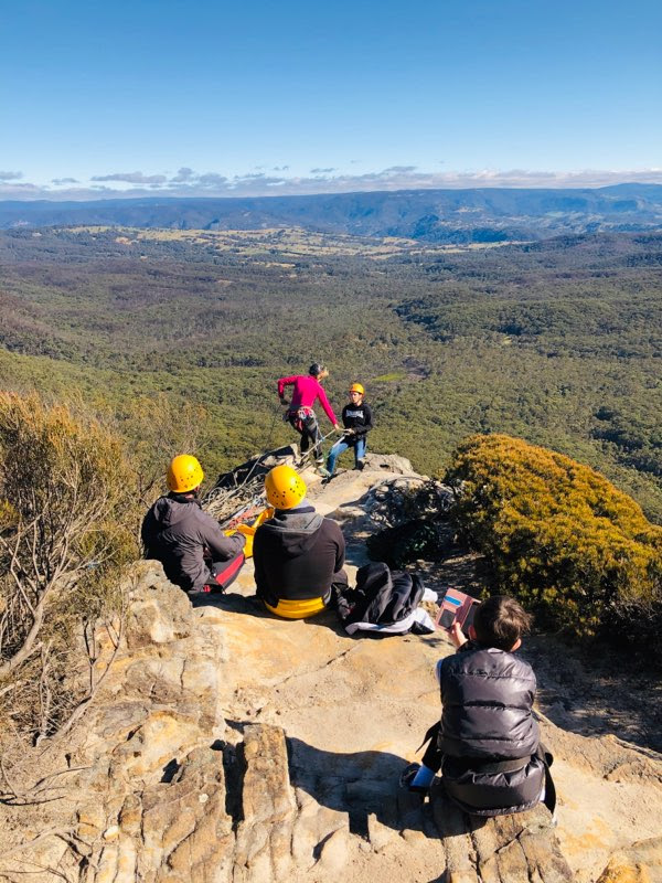 blue mountains abseiling adventure with high and wild katoomba, boar's head