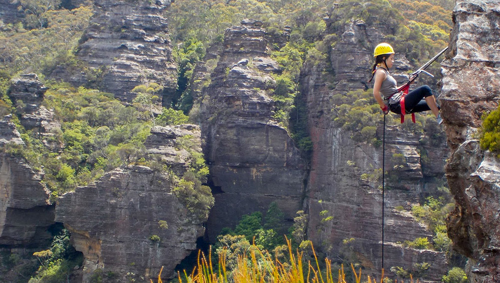 school holidays in the Blue Mountains, high and wild blue mountains abseiling adventure