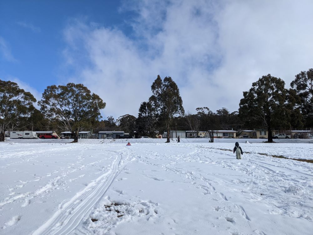 tobogganing and snow play in the snow in the blue mountains