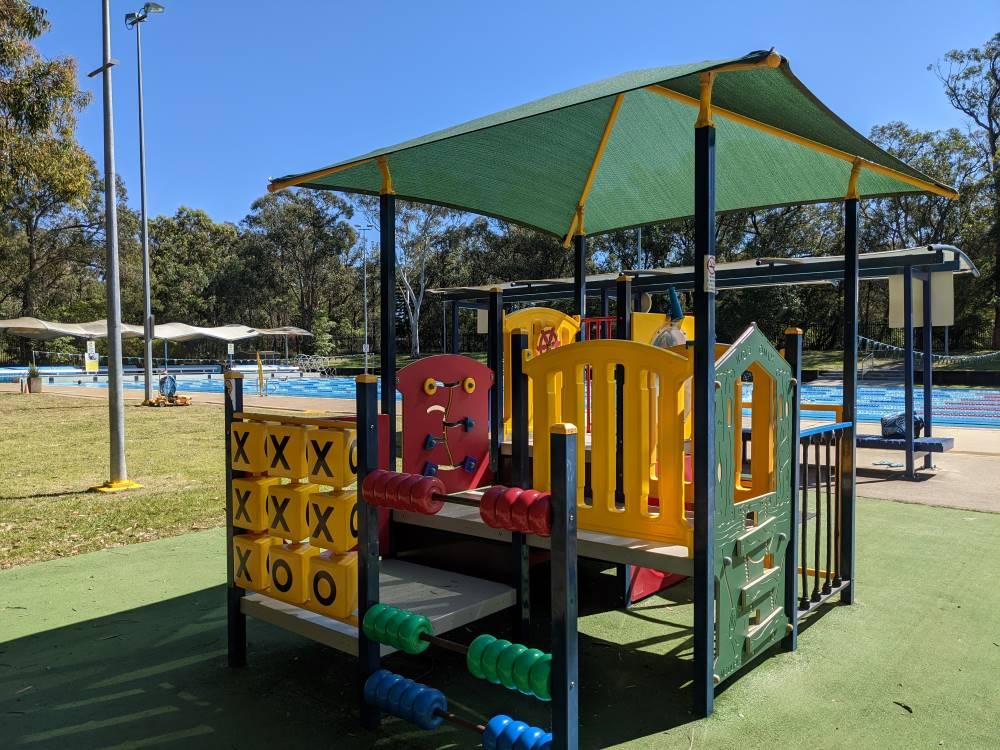 glenbrook pool playground