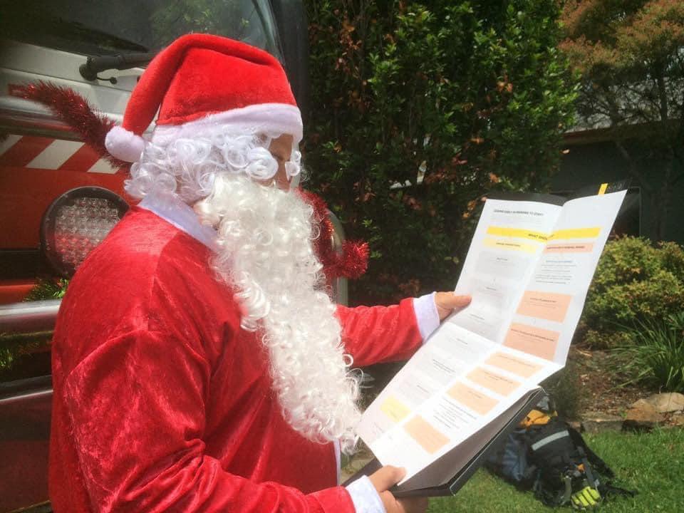 Winmalee RFS Santa Run