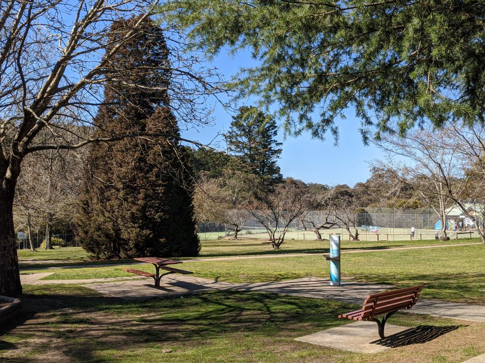 wilson park and playground wentworth falls blue mountains national park water and park benches