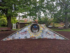 hinkler park katoomba mosaic tunnel