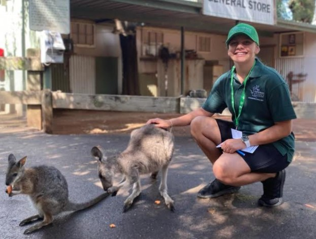 Featherdale Sydney Wildlife Park zookeeper for a day school holidays activity