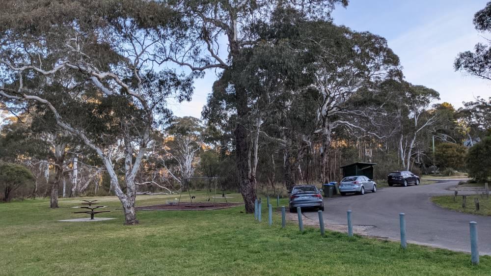 Minnehaha Falls Creek Katoomba bushwalk carpark