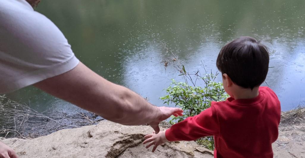 Duck Hole Track Glenbrook supervise children closely