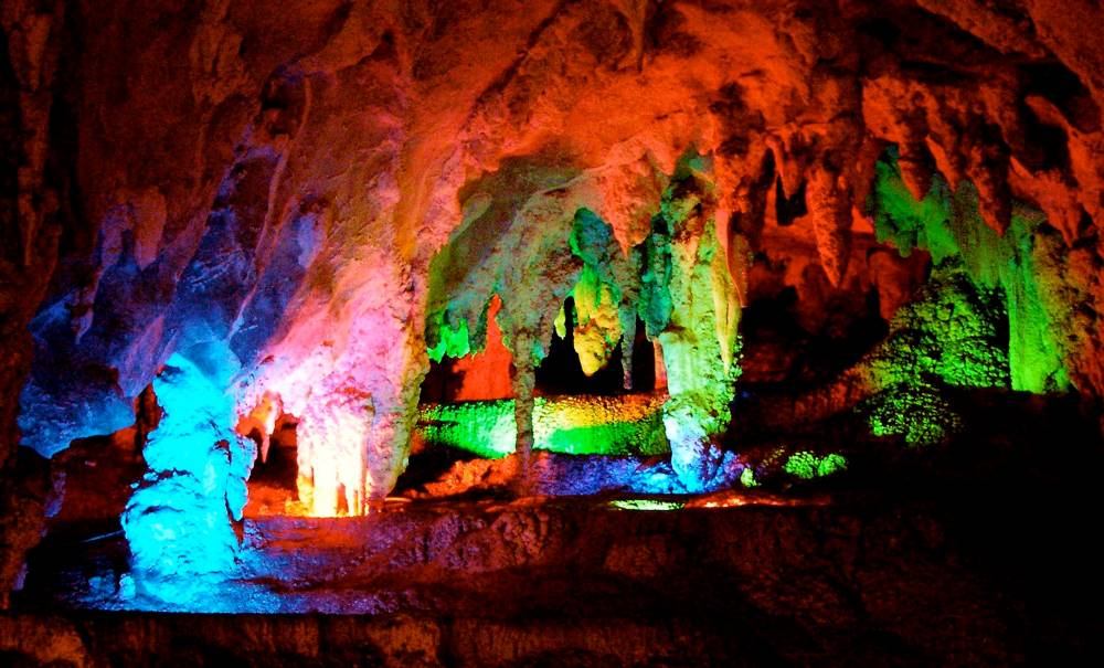 Things To Do In The Blue Mountains jenolan caves